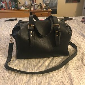 Large black bag with removable strap